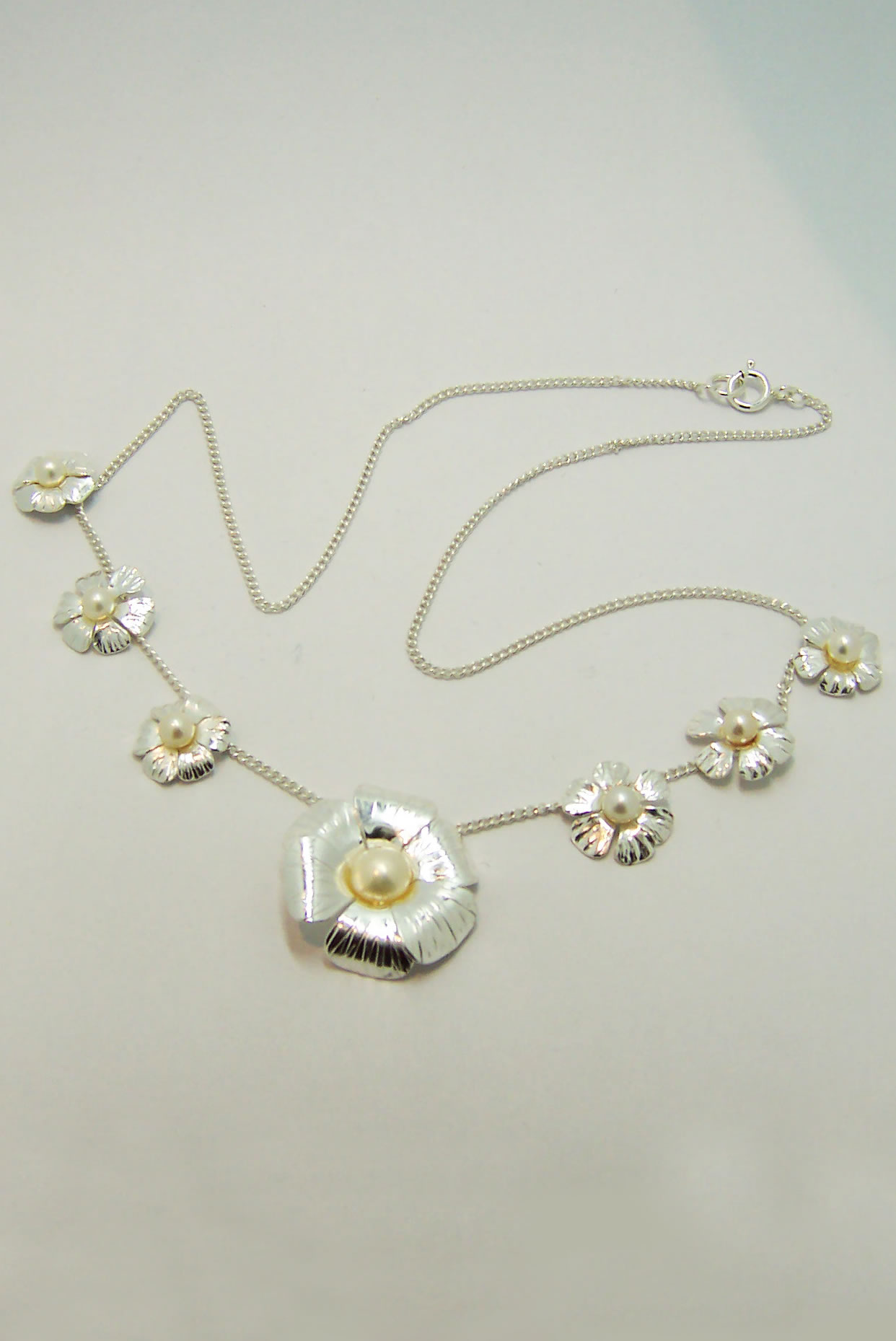 Silver and Pearl Daisy Chain Necklace